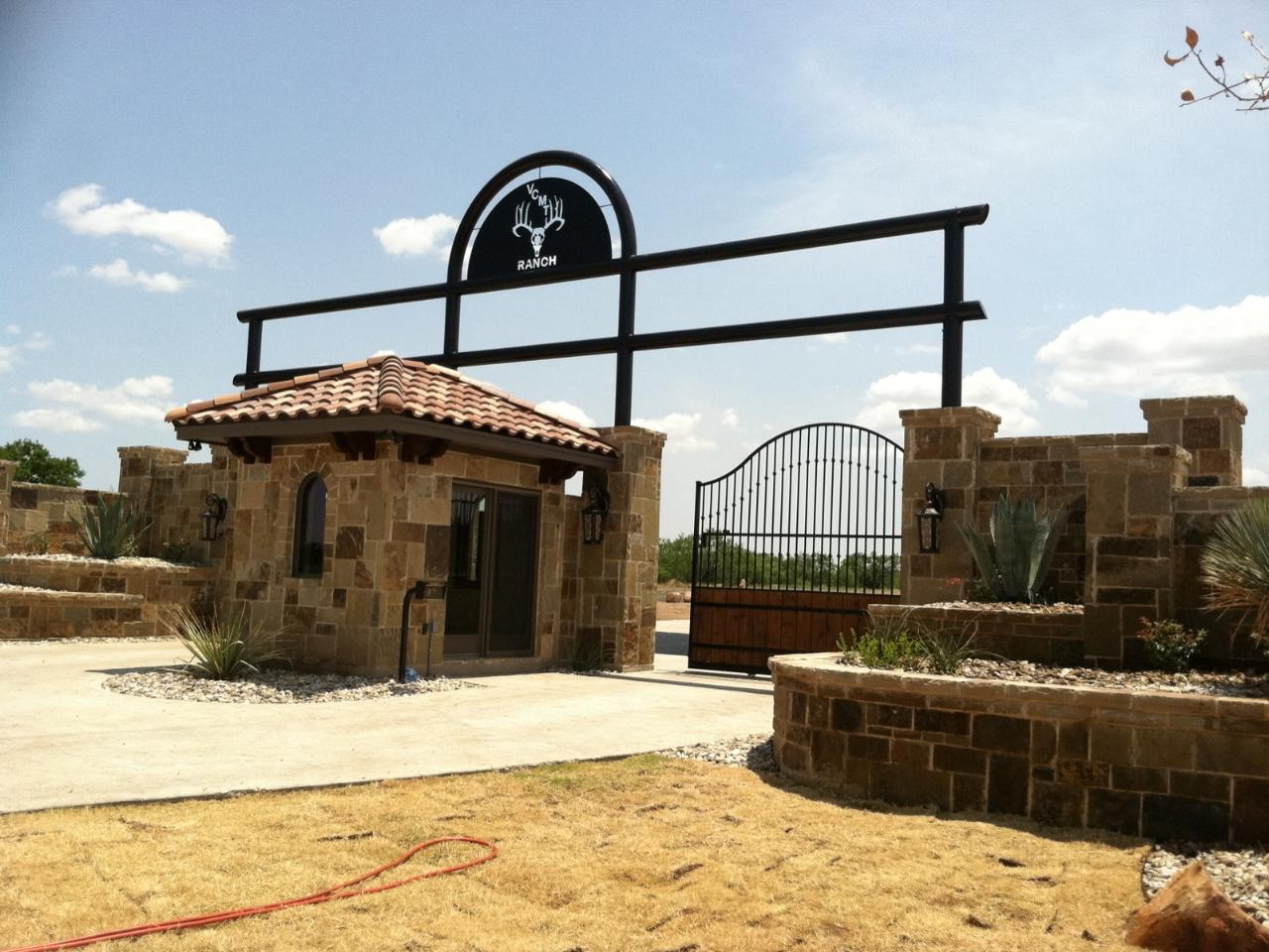 Custom Pipe Fence Installation Fort Worth Ranch Fence