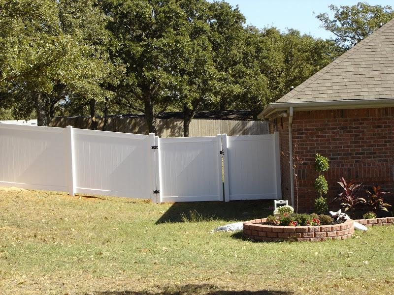 Custom Vinyl Fence Installation Fort Worth Ranch Vinyl