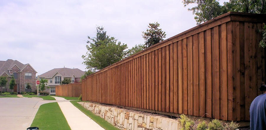 Wood Fence Staining Fort Worth Fences Stained Southlake And Keller Fencing Stain Service Flower Mound Gates Painted Grapevine